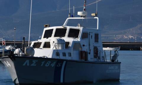 Συναγερμός στο Λιμενικό για ακυβέρνητο σκάφος με μετανάστες