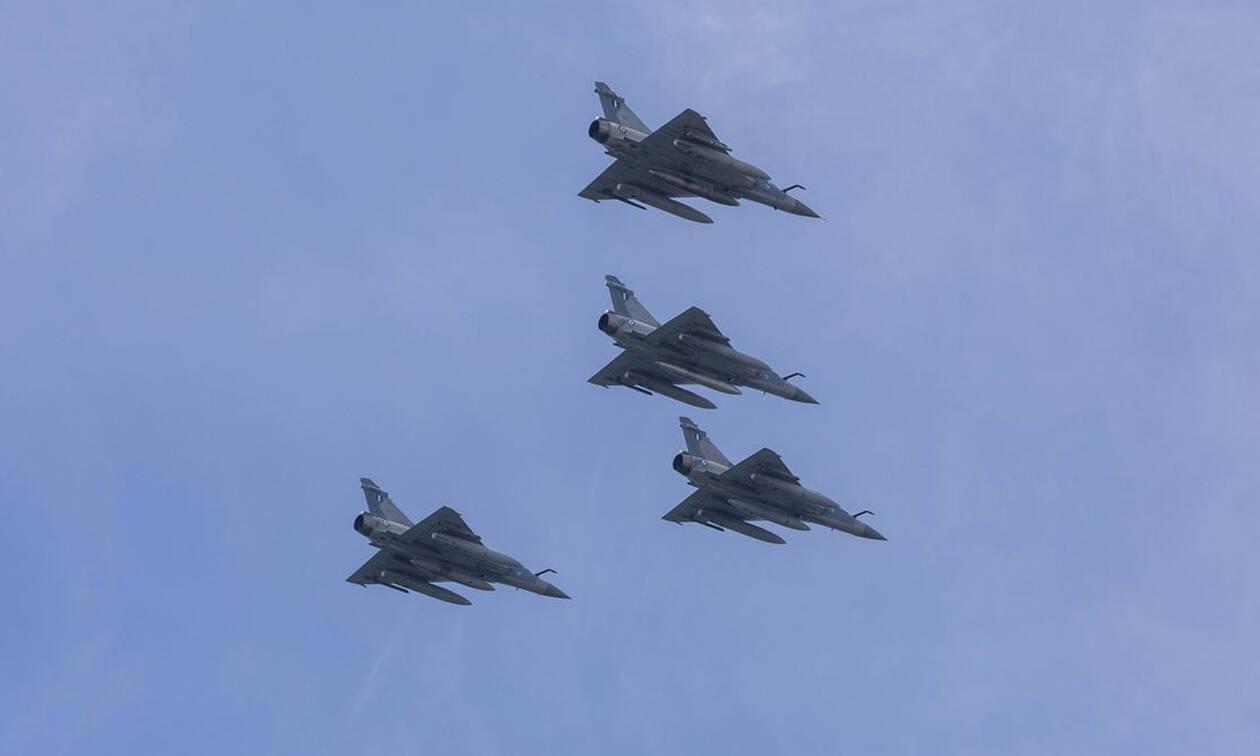 Μία εικονική αερομαχία και νέες παραβιάσεις πάνω από το Αιγαίο