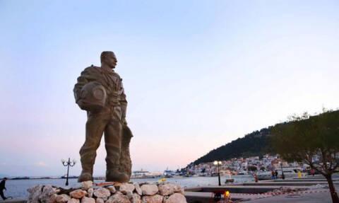 Σήμα κατατεθέν της Καλύμνου: Το άγαλμα του σφουγγαρά! (photos)