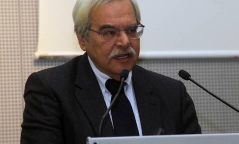 Πέθανε ο οικονομολόγος Τάκης Πολίτης