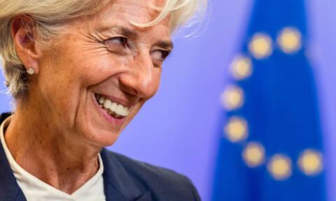 ΔΝΤ: Καμπανάκι για τις μεταρρυθμίσεις και τα κόκκινα δάνεια