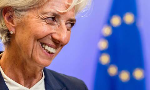МВФ: Необслуживаемые кредиты являются одной из основных проблем Греции