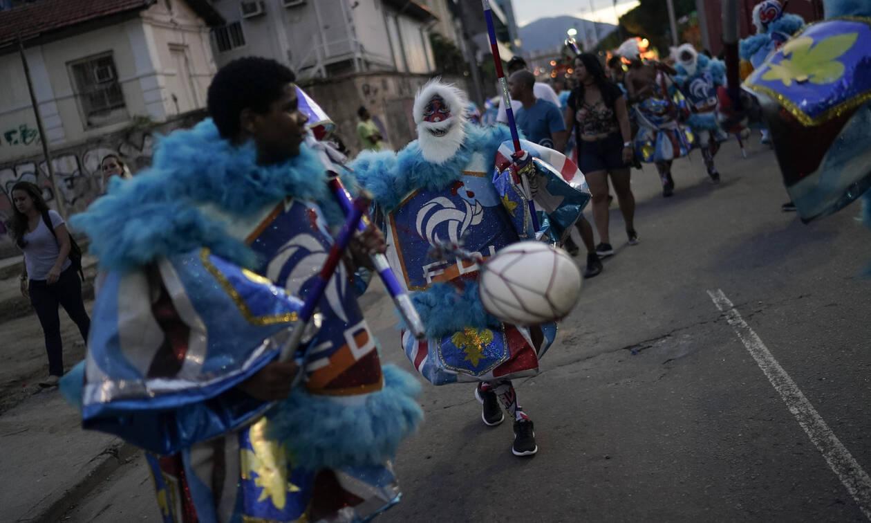 Bate-Bola: Ένα... παράλληλο Καρναβάλι στο Ρίο Ντε Τζανέιρο