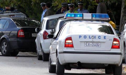 Έφοδος της ΕΛ.ΑΣ. σε συνδέσμους οπαδών στην Αθήνα