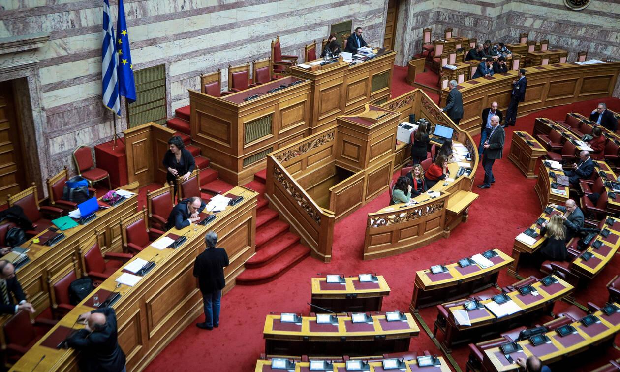 Χαμός στη Βουλή για το Μάτι: «Δεν υπήρχε τσίπα σε κανέναν να παραιτηθεί» - «Μην ξεχνάτε το 2007»
