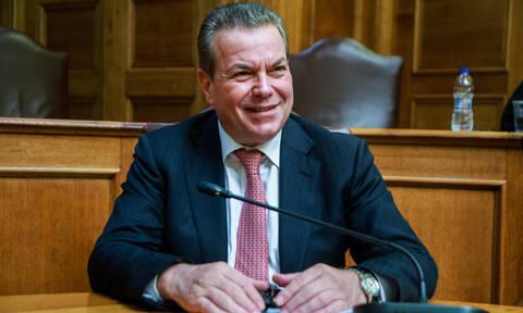 Πετρόπουλος: Μηνιαία ασφαλιστική εισφορά έως 200 ευρώ για το 90% των μη μισθωτών το 2019