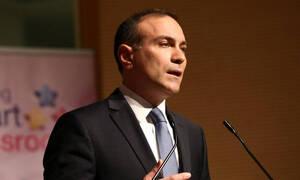 Φίλης στο Newsbomb.gr: «Επικίνδυνες οι πρακτικές των Σκοπιανών – Πρέπει να δοθεί απάντηση»
