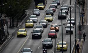 Στο στόχαστρο της ΑΑΔΕ τα ανασφάλιστα οχήματα – Ξεκινά η ηλεκτρονική διασταύρωση στοιχείων