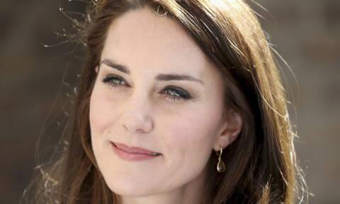 Δες την Kate Middleton στα 13 της σε θεατρική παράσταση που «προέβλεψε» τον βασιλικό γάμο