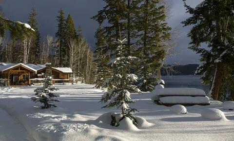 Καναδάς: Hλικιωμένος άνδρας εγκλωβίστηκε για εβδομάδες στο σπίτι του εξαιτίας των χιονοπτώσεων