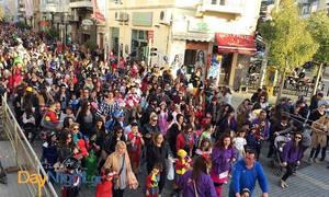 Ρέθυμνο: Μικροί και μεγάλοι διασκέδασαν στην Παιδική Παρέλαση με ατελείωτη μουσική και χορό! (pics)