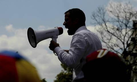 Μπλακ άουτ στη Βενεζουέλα: Να κηρυχθεί κατάσταση έκτακτης ανάγκης ζητεί ο Γκουαϊδό