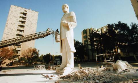 Συρία: Αντιδράσεις φέρνει η επανατοποθέτηση αγάλματος του Χάφεζ αλ Άσαντ