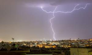 Καιρός - Έκτακτο δελτίο επιδείνωσης από την ΕΜΥ: Βροχές, καταιγίδες και θυελλώδεις άνεμοι
