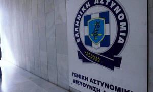Αυτή είναι η Ελληνίδα τραγουδίστρια που βράβευσε η Ελληνική Αστυνομία (pics)