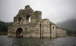 Αναδυόμενος ναός – φάντασμα 400 ετών