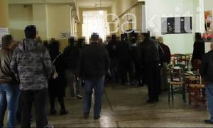 Ηράκλειο - Ασέλγεια: Συγγενείς της 11χρονης προπηλάκισαν τον κατηγορούμενο - «Θα σε σκοτώσουμε»