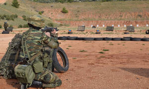 Μειώνεται η στρατιωτική θητεία: Ποιοι θα υπηρετούν λιγότερο