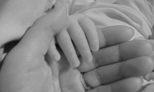 ΣΟΚ: Πέθανε γεννώντας κρυφά το μωρό της με οδηγίες από το Youtube!