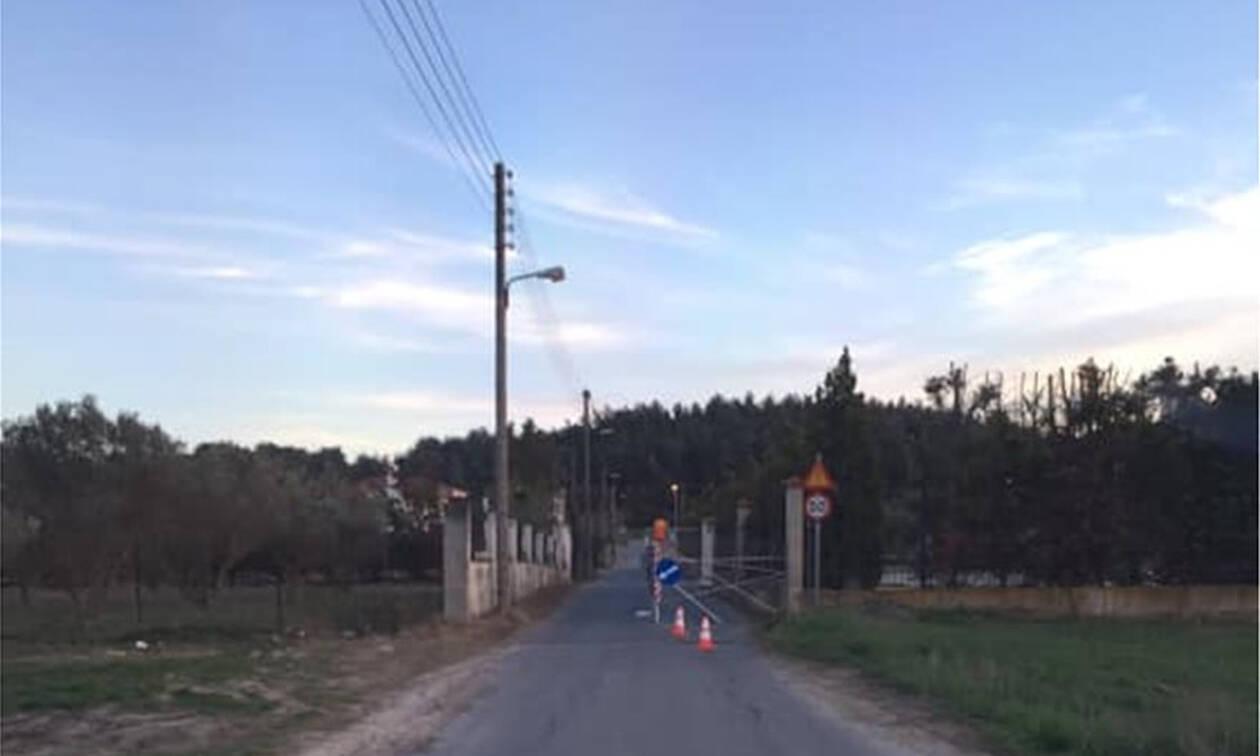 Απίστευτο περιστατικό στη Θεσσαλονίκη: Περιέφραξε μόνος του τον δρόμο για να μην τρέχουν οι οδηγοι