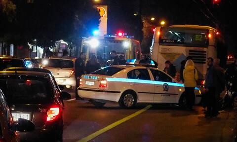 Τροχαίο στην Αγία Παρασκευή: Αυτοκίνητο έπεσε σε κολόνα της ΔΕΗ - Δύο τραυματίες