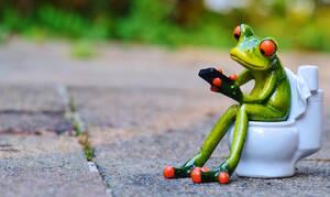 Παίρνεις το κινητό στην τουαλέτα; Δες γιατί πρέπει να το σταματήσεις αμέσως!