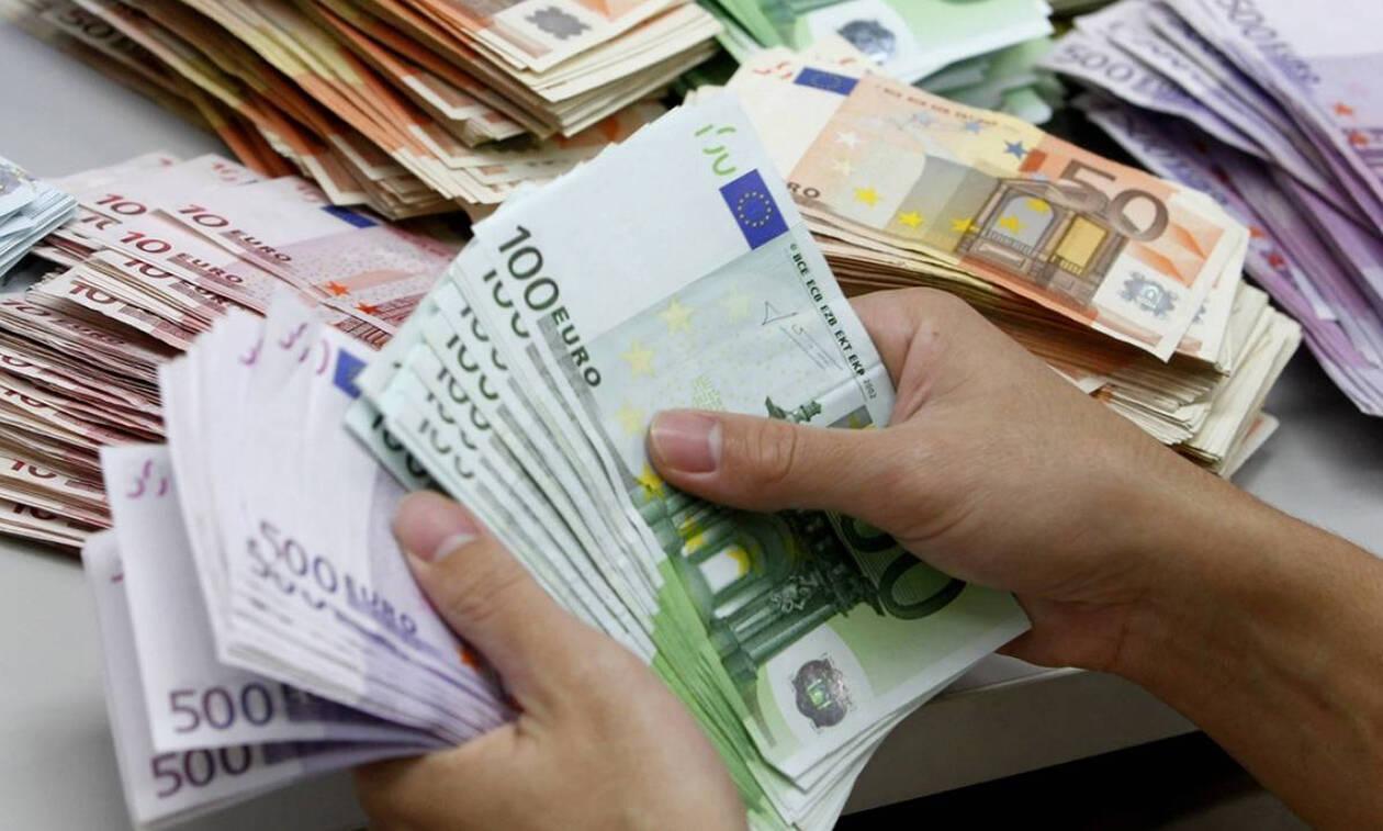 Απίστευτο: Έχασε 60.000 ευρώ - Δε φαντάζεσαι πού τα έκρυβε!