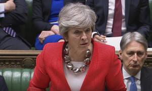 Πολιτικό χάος στη Βρετανία - «Βατερλώ» για την Τερέζα Μέι: Η βουλή απέρριψε το Brexit χωρίς συμφωνία