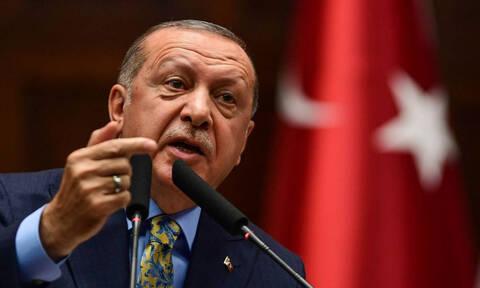 Εξοργισμένος από το ευρωπαϊκό «χαστούκι» ο Ερντογάν: «Είστε ρατσιστές και ακροδεξιοί»