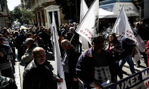 Греческие врачи проводят 24-часовую забастовку