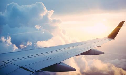 «Παιδιά μου βλέπω την Παναγία μας να…» – Συγκλονιστικό θαύμα σε αεροπλάνο που έπεφτε