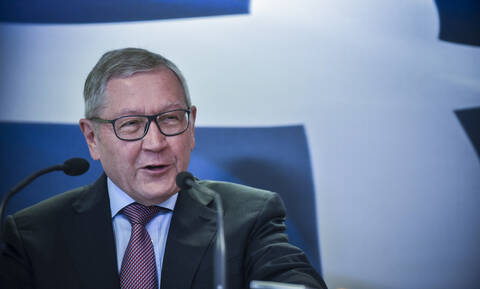 Regling sees new upgrade of the Greek economy by rating agencies