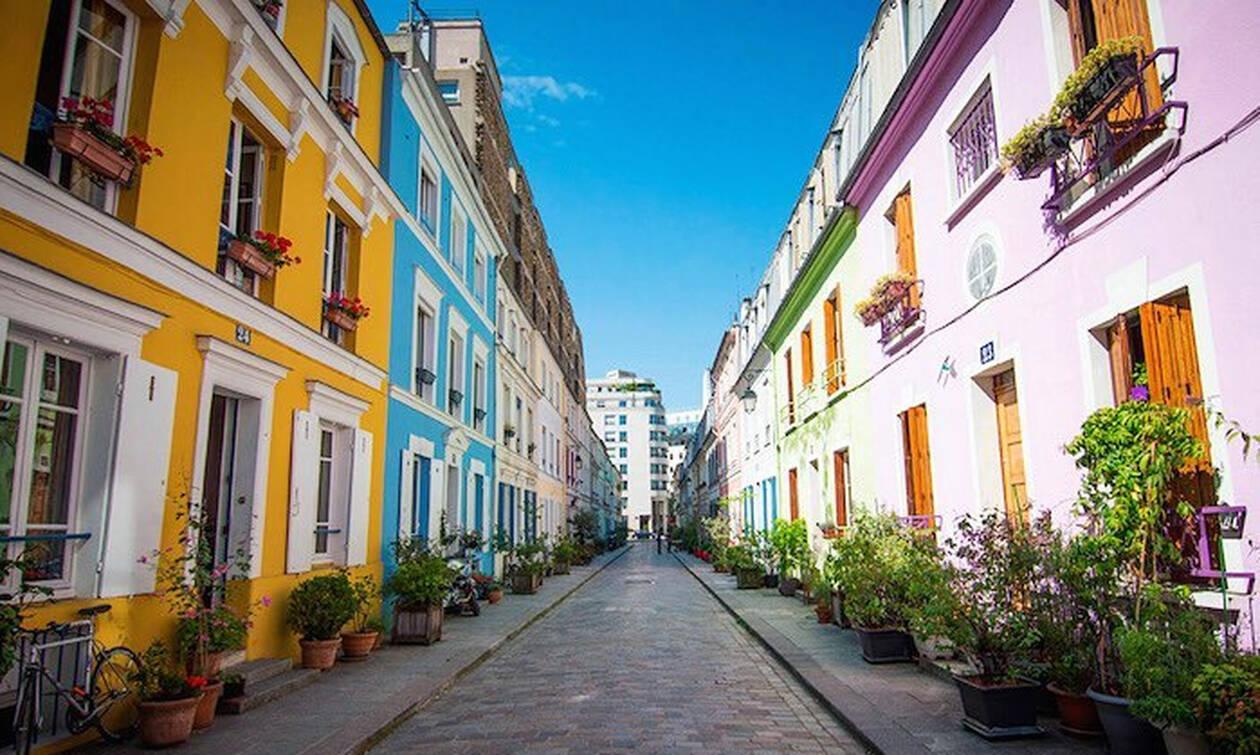 Αυτός ο δρόμος είναι «παράδεισος» για τους instagrammers και «κόλαση» για τους κατοίκους (pics)
