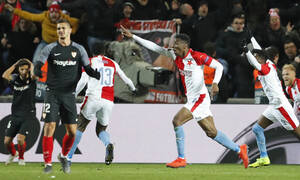 Europa League: «Βόμβα» στην Πράγα - H Σλάβια απέκλεισε τη Σεβίλλη