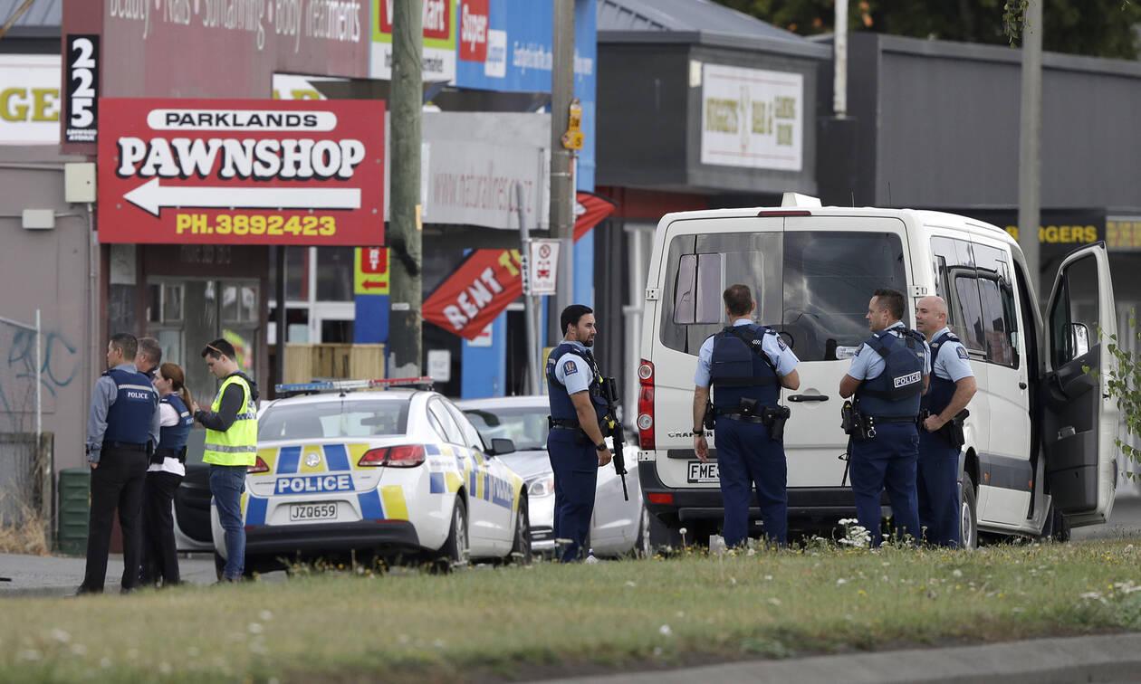 Τρόμος στη Νέα Ζηλανδία: Η στιγμή της σύλληψης ενός εκ των δραστών (vid)