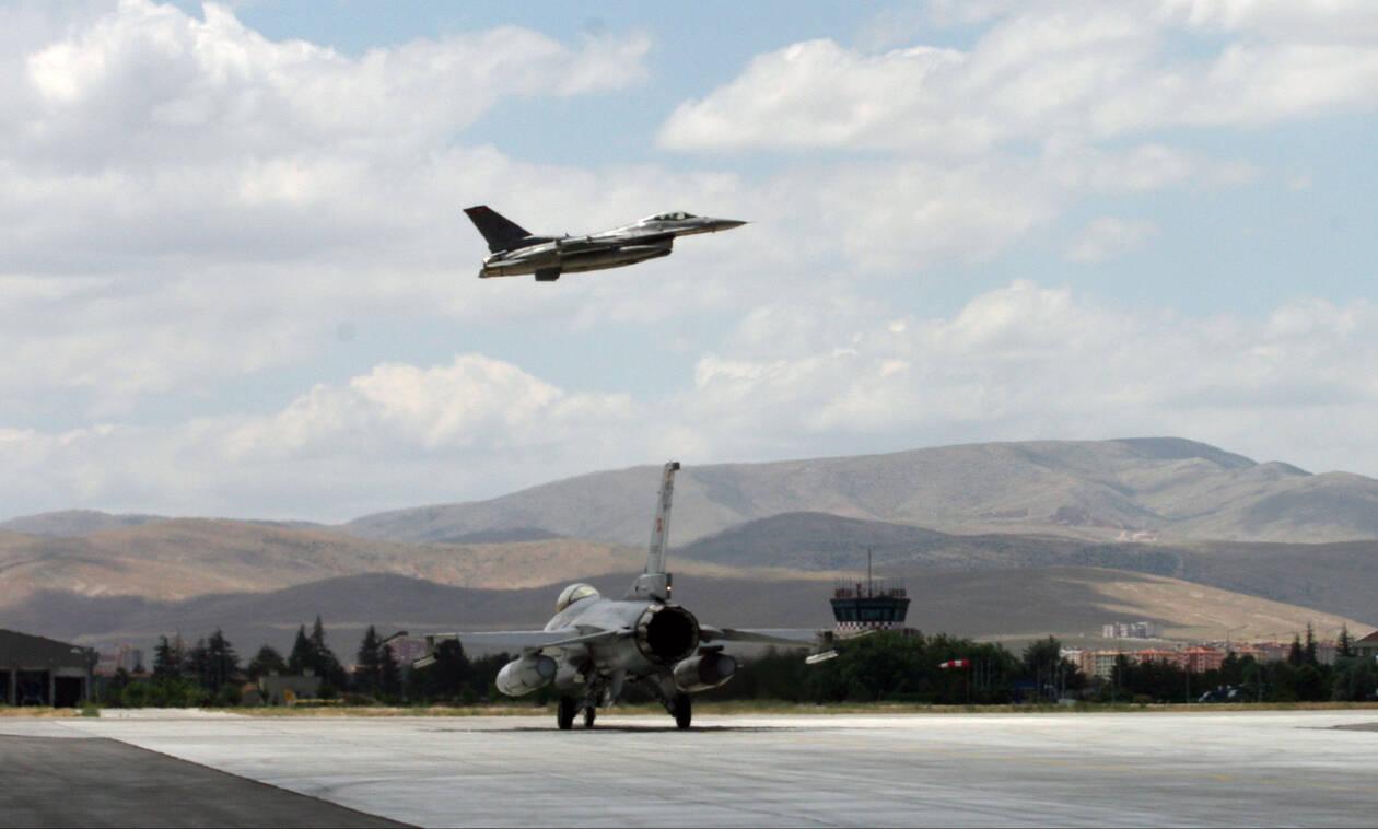 Εκτός ορίων η Τουρκία: «Αναγνωρίζουμε μόνο έξι μίλια ως ελληνικό εναέριο χώρο»