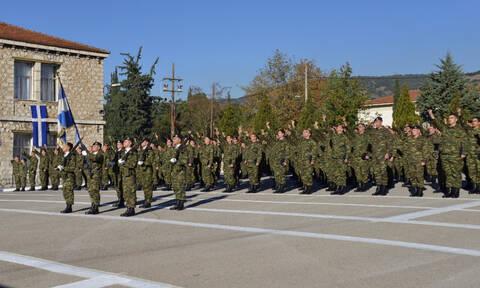 Μειώνεται η στρατιωτική θητεία – Πόσο θα υπηρετούν σε Ναυτικό, Αεροπορία, Στρατό Ξηράς