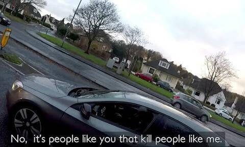 Οδηγός μιλάει στο κινητό κι αυτό που ακολούθησε θα το ευχαριστηθείς ΠΟΛΥ! (vid)