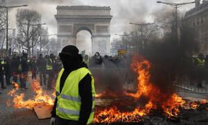 Παρίσι: «Φωτιά» παίρνουν ξανά οι διαδηλώσεις των Κίτρινων Γιλέκων (Pics+Vids)