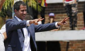 Βενεζουέλα: «Νέα φάση» εκδίωξης του Μαδούρο ξεκινά ο Γκουαϊδό με περιοδεία σε όλη τη χώρα