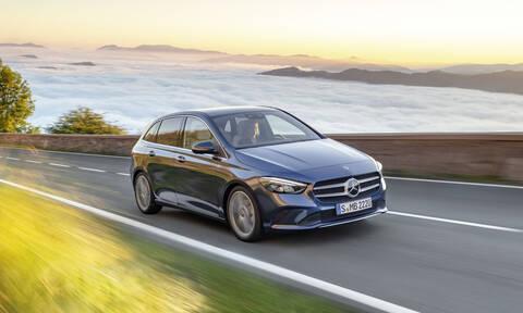 H νέα Mercedes B-Class ξεκινά από 32.560 ευρώ, αλλά εσείς δώστε τουλάχιστον 32.900 ευρώ