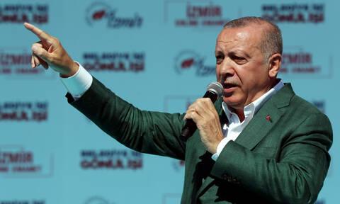 Απίστευτη πρόκληση Ερντογάν: «Όποιος πάει να μας διώξει από την Κων/πολη θα φύγει με φέρετρο»