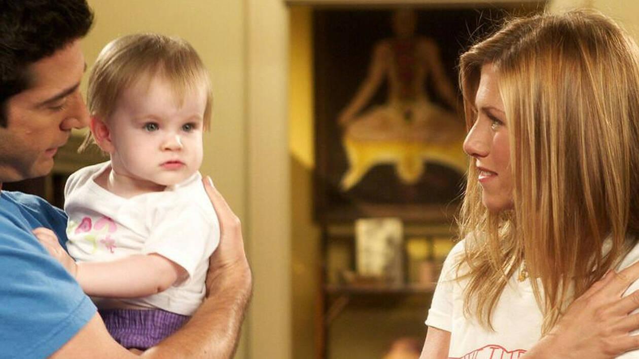 Το απίστευτο μυστικό για το μωρό από τα «Φιλαράκια» που κανείς δεν γνώριζε
