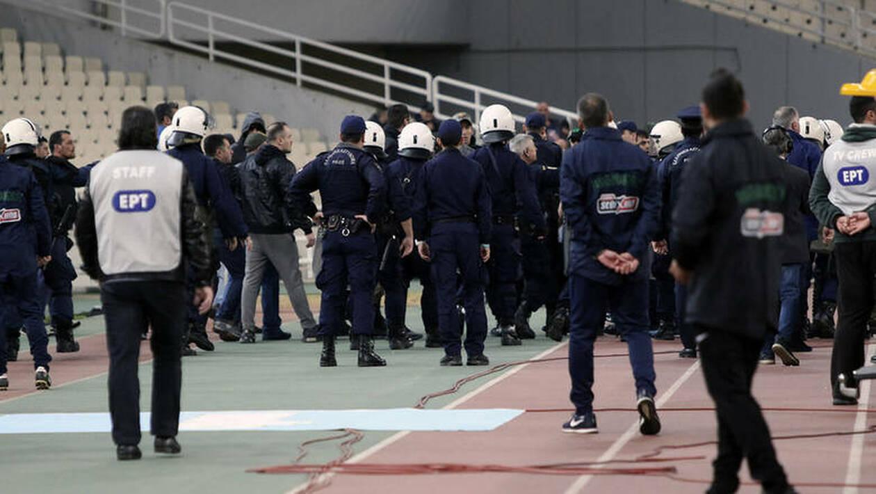 Ποινικές διώξεις και απαγόρευση εισόδου σε γήπεδα για τους συλληφθέντες στα επεισόδια στο ΟΑΚΑ