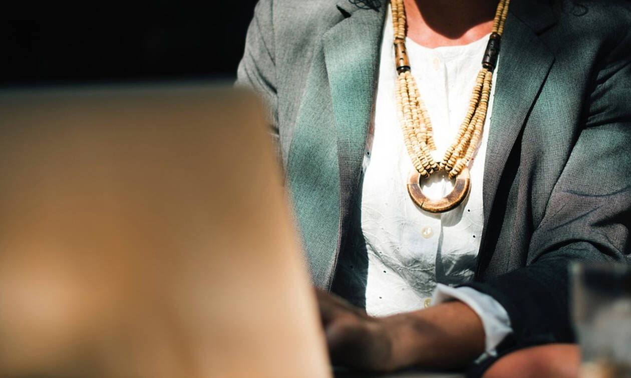 5 tips για να διαχωρίσεις μέσα σου το αφεντικό από τη φίλη