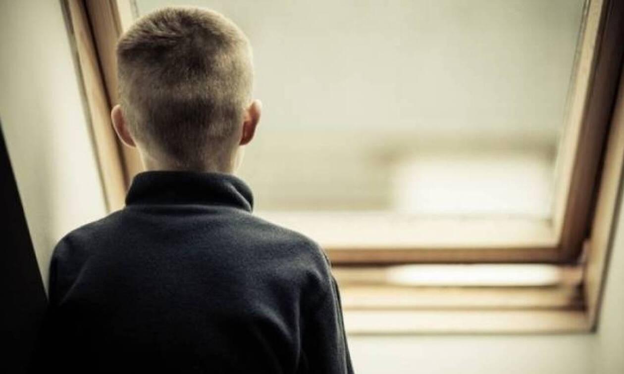 Σάλος στην Κρήτη: 8χρονος βρέθηκε κλειδωμένος στην τουαλέτα - Υπό ψυχιατρική αξιολόγηση η μητέρα