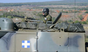 Στρατιωτική θητεία: Πότε και πόσο μειώνεται – Τι ανακοίνωσε το υπουργείο Άμυνας