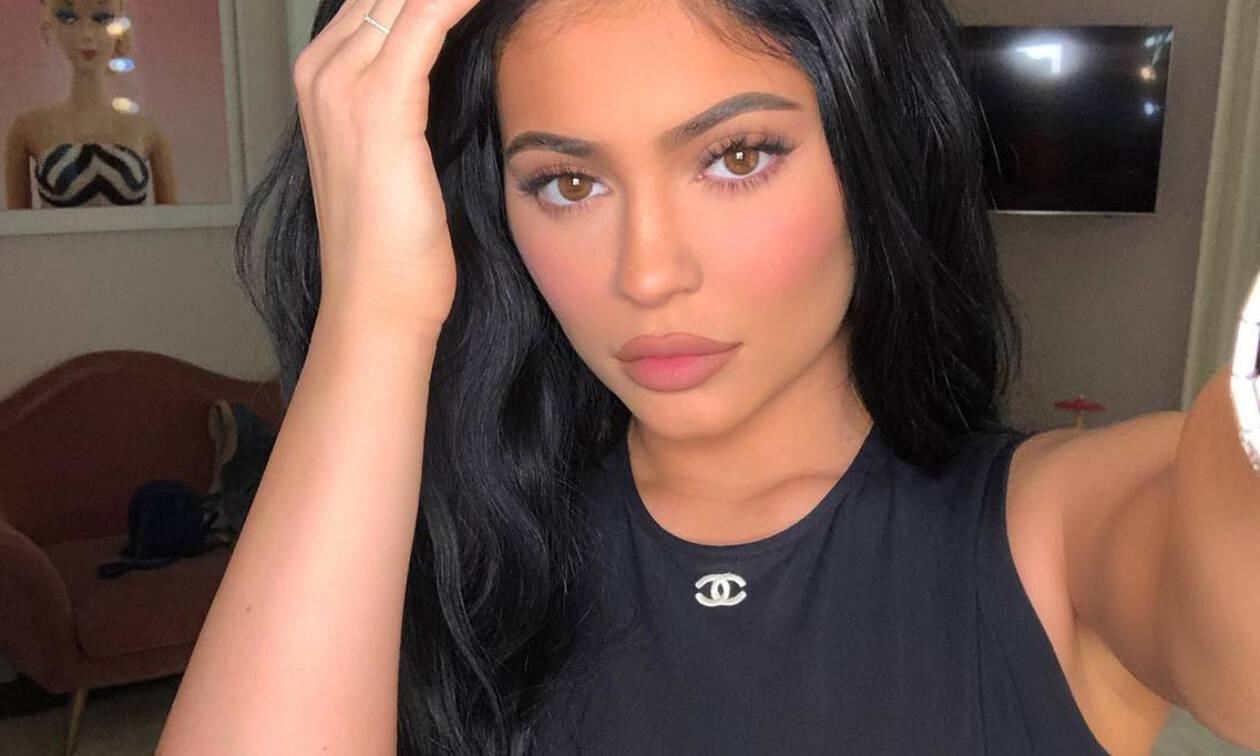 Celebrity Lookalikes! 5 Instagrammers που είναι ίδιες η Kylie Jenner