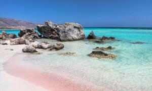 TripAdvisor: Ποια Ελληνική παραλία βρίσκεται στις έξι πιο ασφαλείς στον κόσμο! (photos)