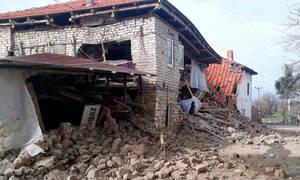 Τουρκία: Πήδηξε από το μπαλκόνι την ώρα του σεισμού - Τουλάχιστον 3 τραυματίες